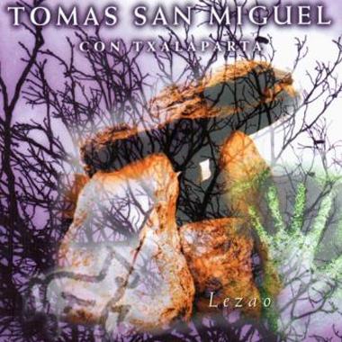 Tomas San Miguel con Txalaparta Lezao